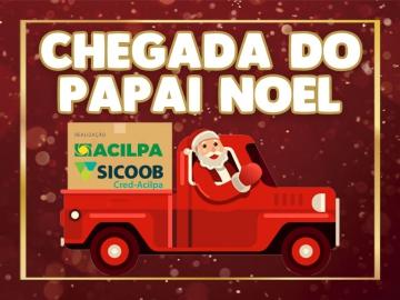 Papai Noel chega de trio elétrico e percorre as ruas de Lençóis